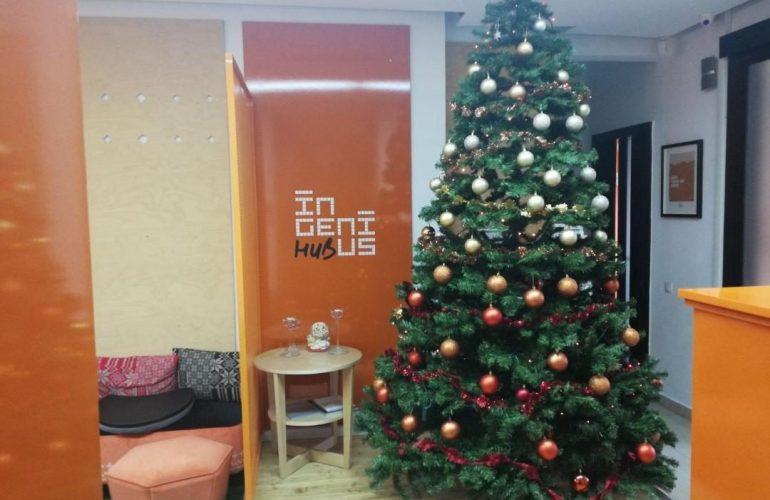 Crăciun fericit și un An Nou minunat și InGenios!